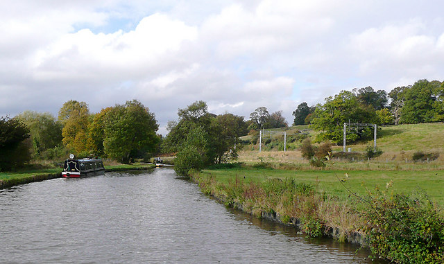 Trent and Mersey Canal approaching Great Haywood, Staffordshire