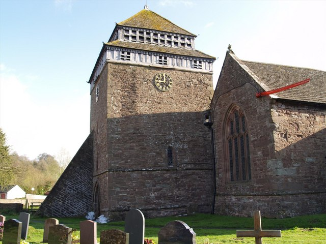 Skenfrith church