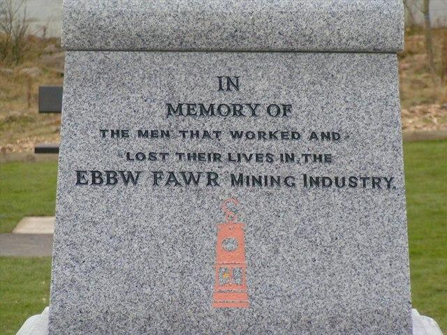 Cwm memorial
