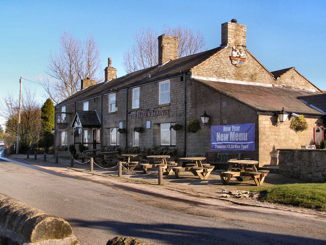 Hare and Hounds, Werneth Low