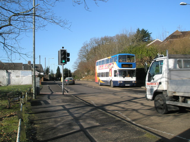 19 bus in Hindhead Road