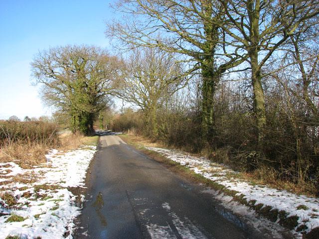 View north along Woodton Road