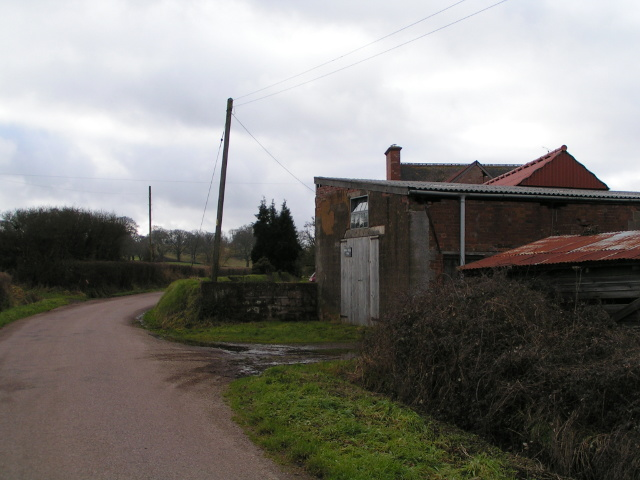 Farm buildings on the edge of Marsh Green