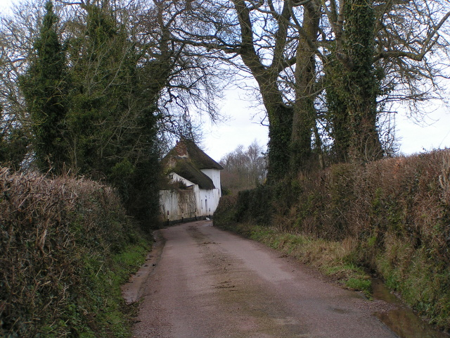 Cottage near Marsh Green