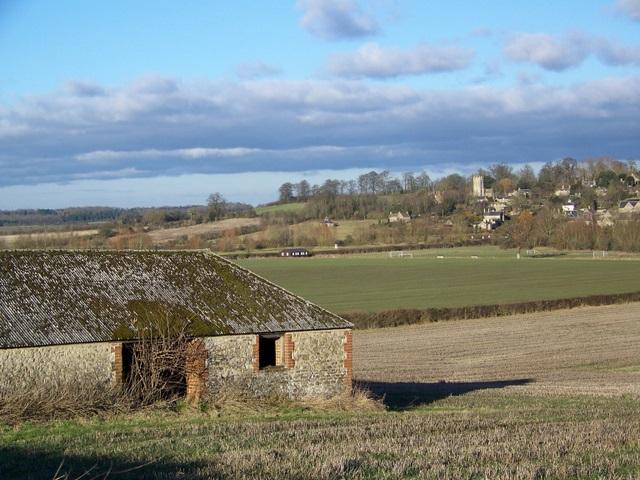 Fresden Barn and stubble field near Coleshill