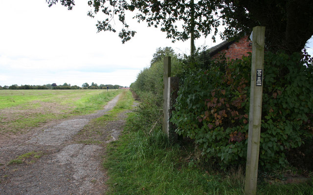 Footpath to Wybunbury