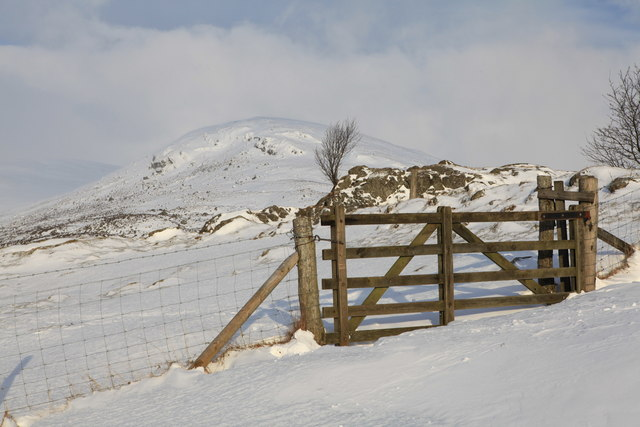 Gateway on path to Glenlochsie