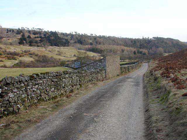 Field barn by the Telfit farm track