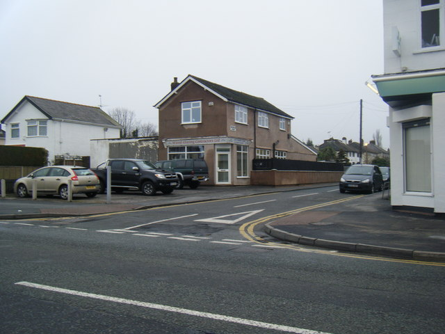 Rosemead Avenue meets Pensby Road.