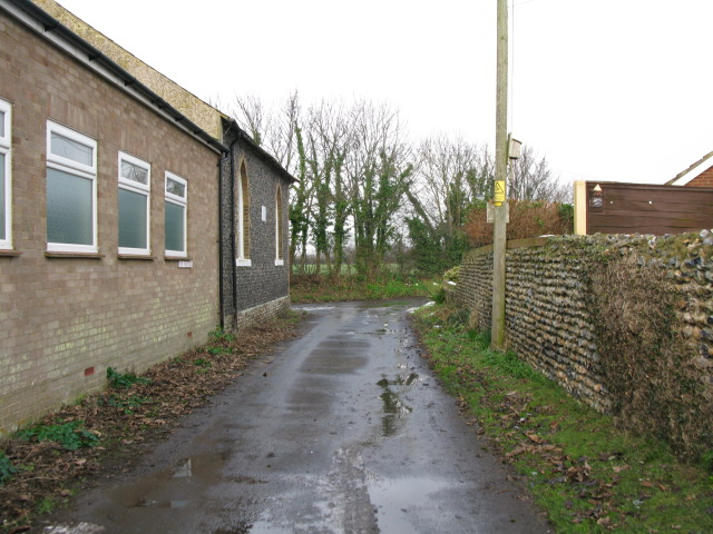 View along minor road to the High Street, Manston