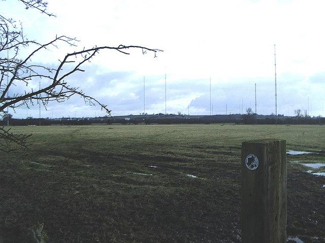 Footpath and field near Radio Masts