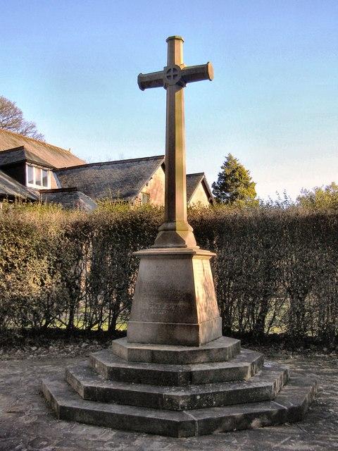 War Memorial, Compstall