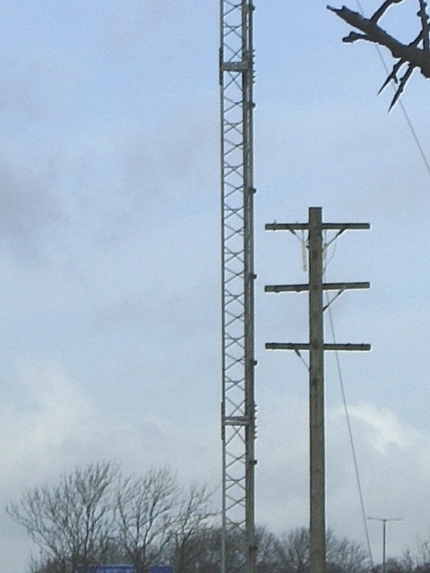 Radio mast and telegraph, near Lilbourne
