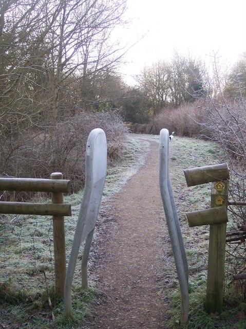 Wealdway and Eden Valley Walk in Haysden Country Park