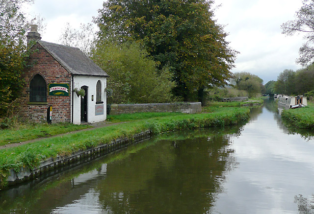 Staffordshire and Worcestershire Canal at Great Haywood