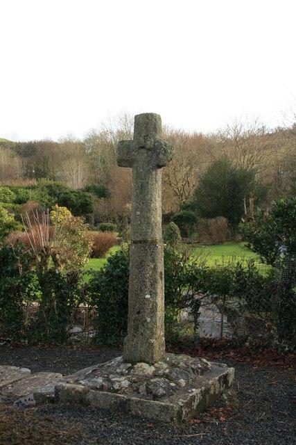 Cross at Saint Gudula's Well