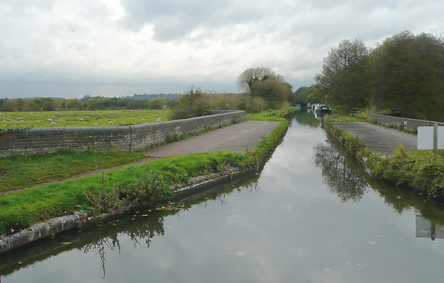 Canal crossing the River Trent, Great Haywood, Staffordshire