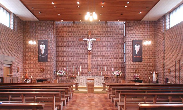 Holy Angels, Cranford - East end