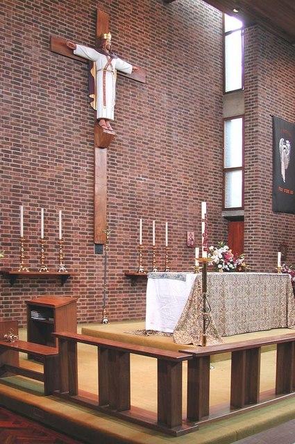 Holy Angels, Cranford - Sanctuary