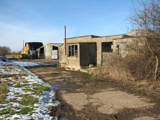 Farm buildings beside Harvey's Lane