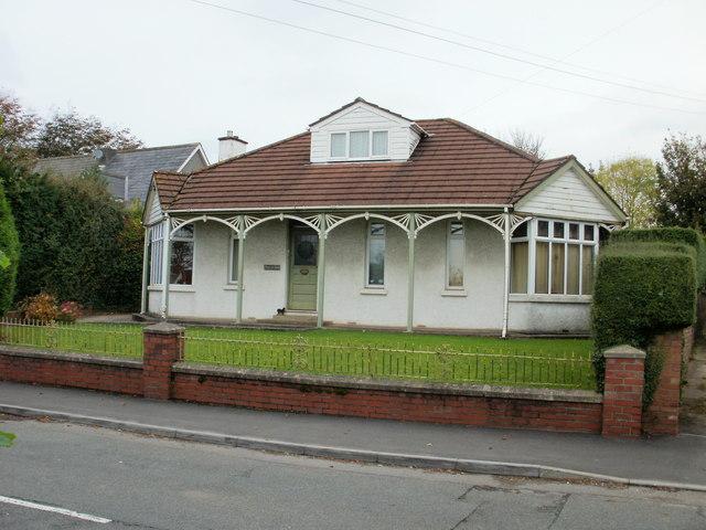 House, Heol Yr Ysgol, Coity