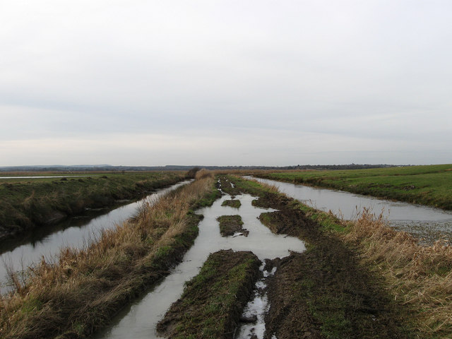 Track to White Dyke