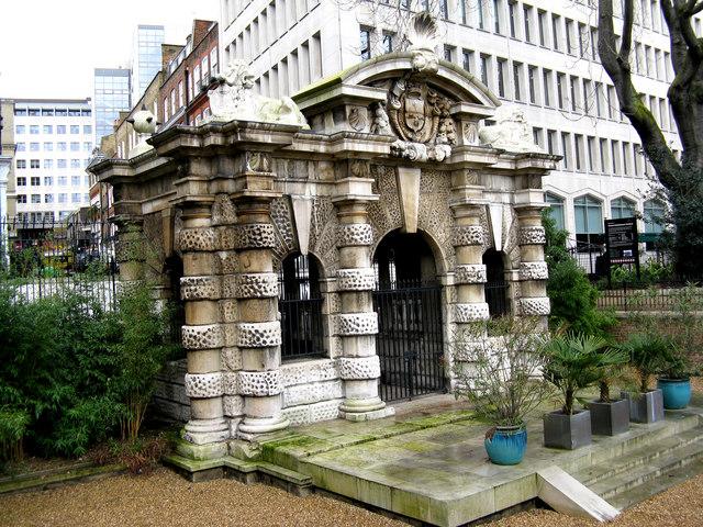 London:  Buckingham Watergate