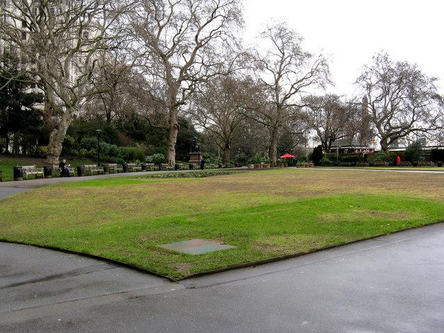 London:  Victoria Embankment gardens