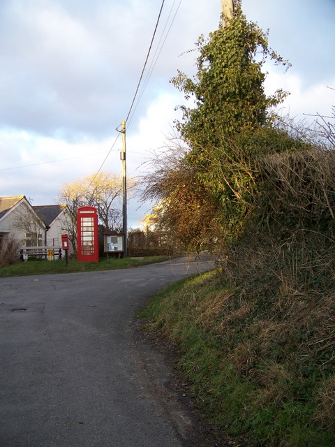 Telephone box, Kingstone Winslow