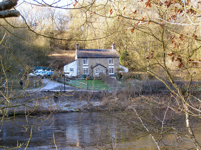 Weir Cottages