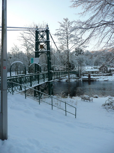 Snow on the Suspension Footbridge (2)