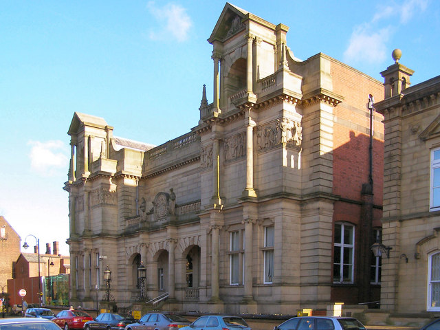 Bury Library and Art Gallery, Silver Street