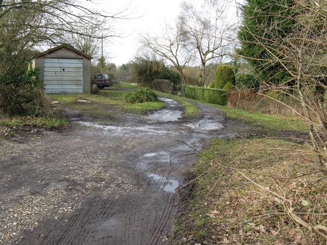 Footpath beside Gobles Cottages