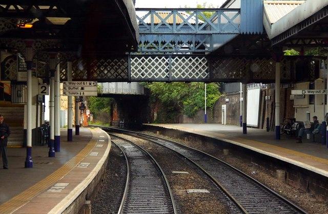 Footbridge over Cheltenham Spa Station