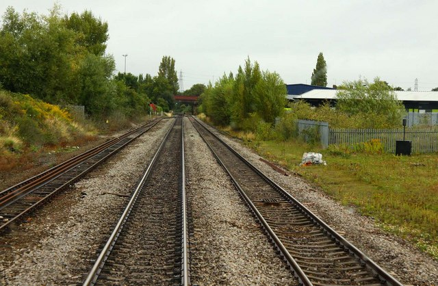 Running alongside the Up Goods Loop at Alstone