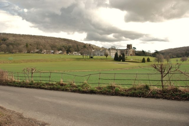 Hilton to Milton Abbas: Road