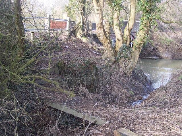 Footbridge near Long Bridge