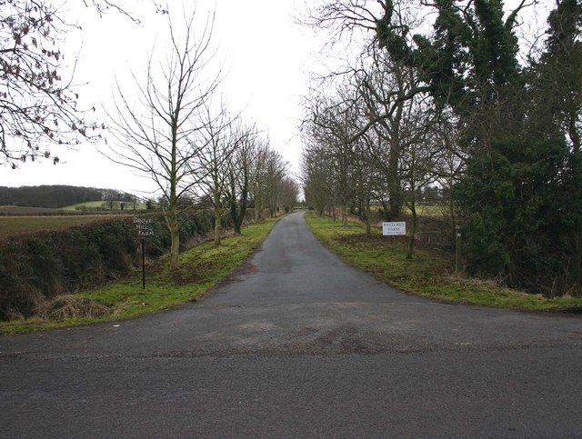 Entrance to Grove Hill and Pastures Farms