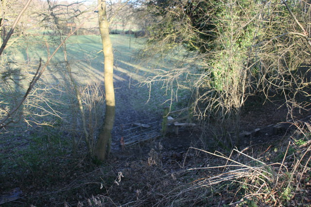 Footpath stile by Forest Way