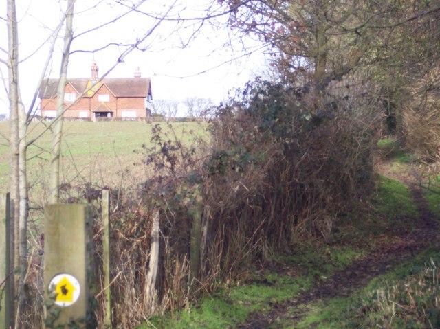 Penshurst Estate Trail towards Redcot