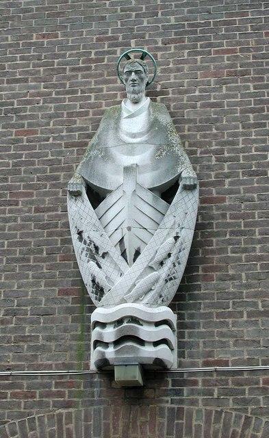St Andrew, Malvern Avenue, Harrow - Statue