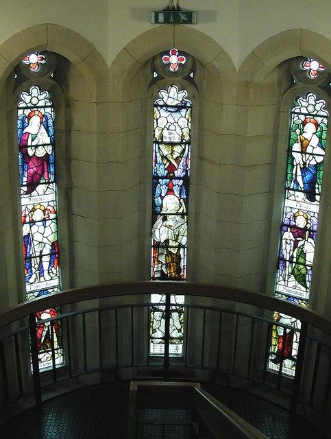 St Peter, Sumner Road, Harrow - Windows