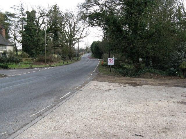 South on Harbolets Lane at Broadford Bridge