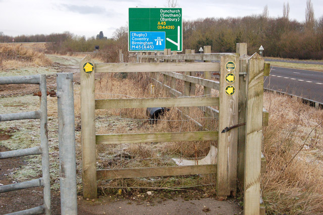 Gate onto footpaths beside the A45 at Dunchurch