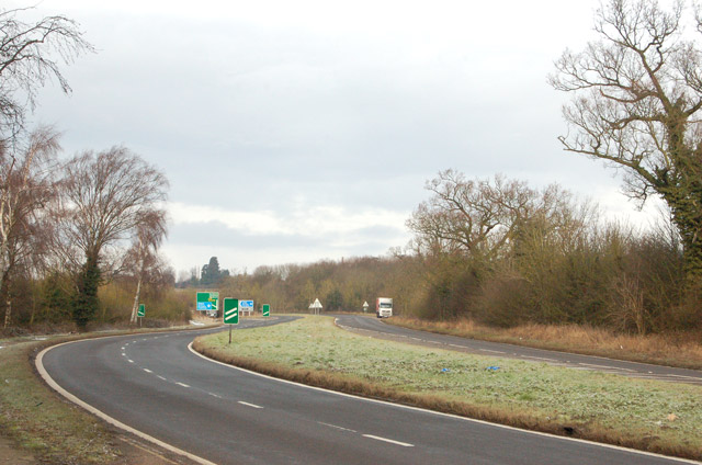 Looking northwest along the A45 south of Dunchurch