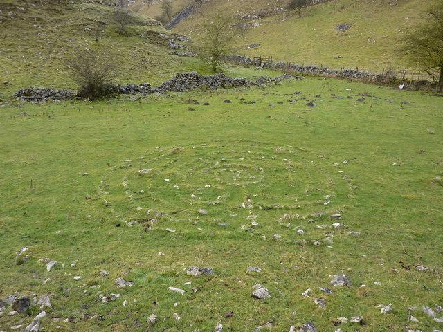 Stone circle, Horseshoe Dale