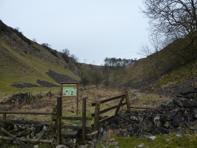 Entering Deep Dale & Topley Pike SSSI