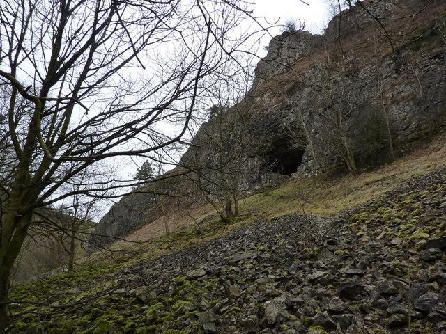 Thurst House Cave, Deepdale, Winter