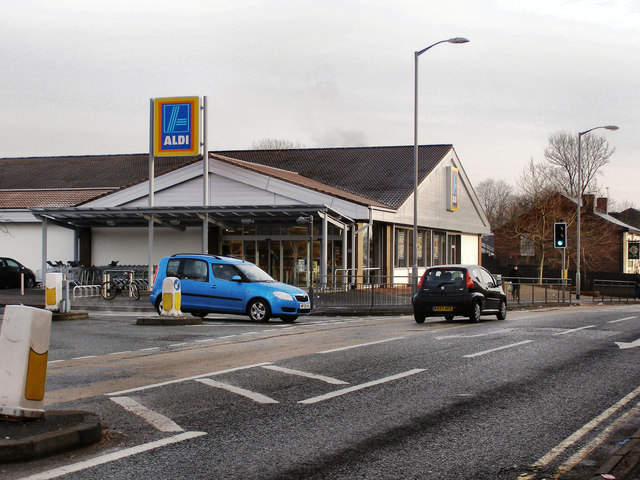 Aldi Supermarket, Bell Lane