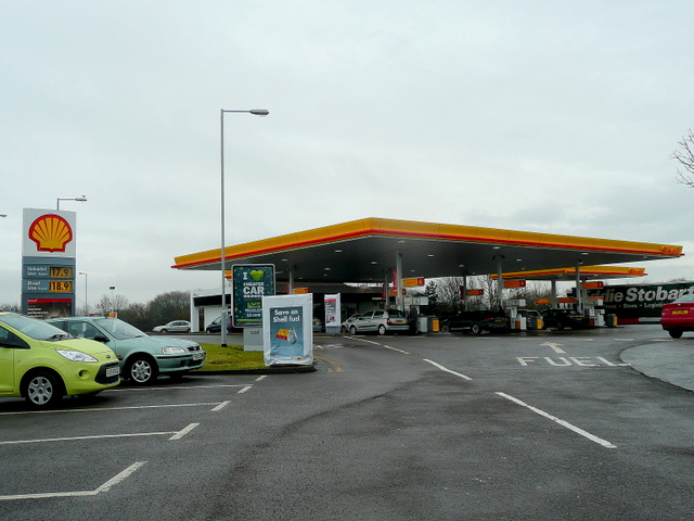 Filling station at Sedgemoor Services, M5 north